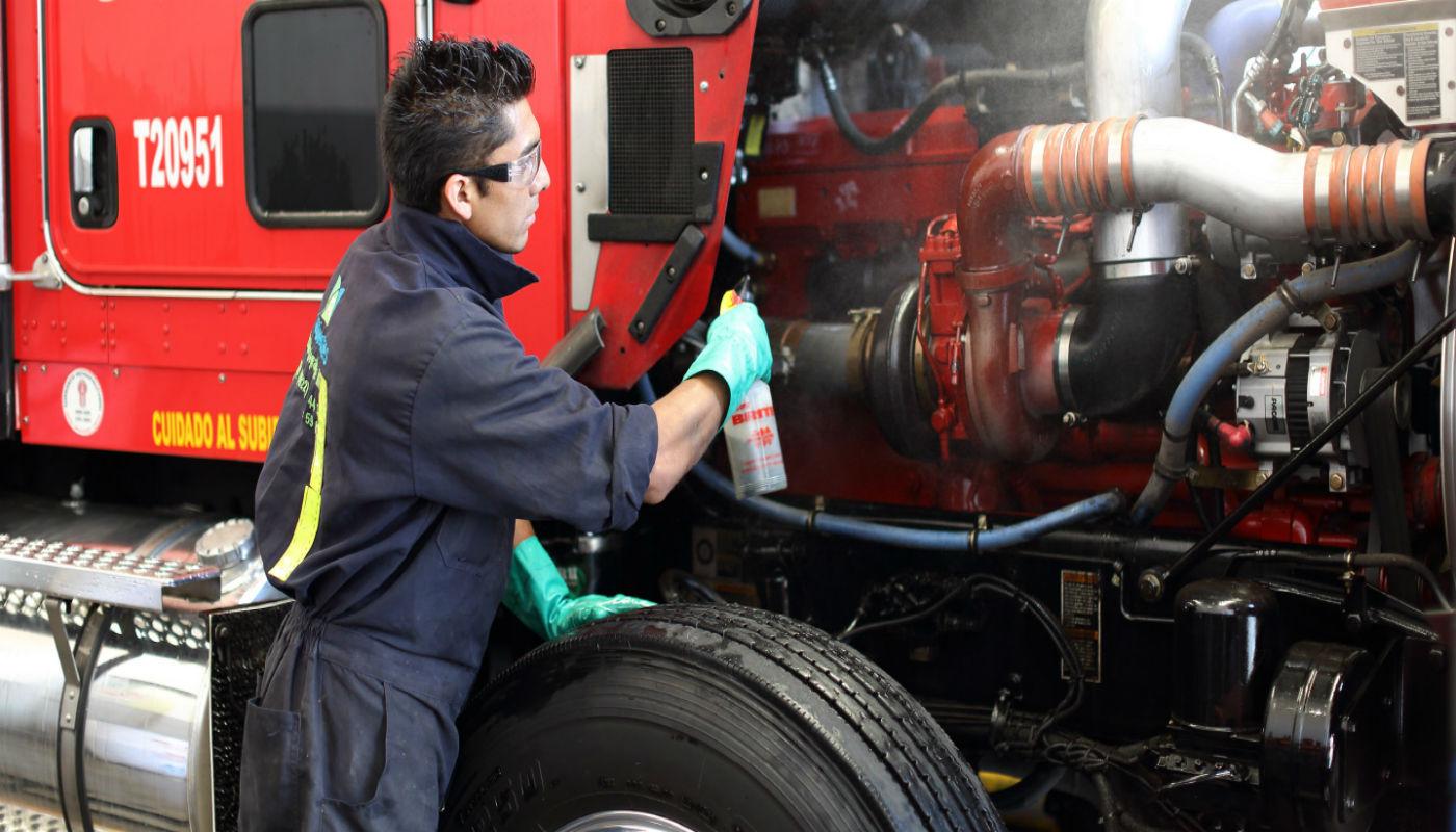 mecanico de camiones
